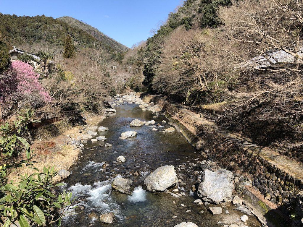 清滝は春の気配